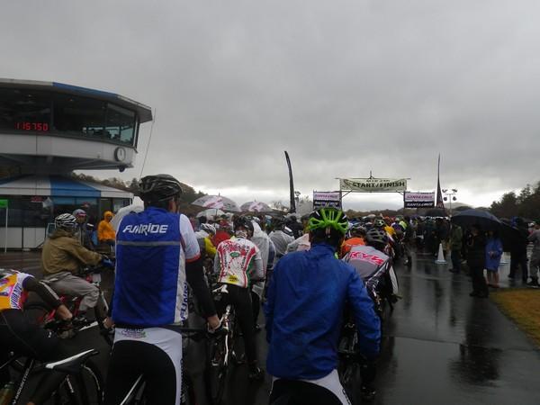 マウンテンバイクオフロードコース