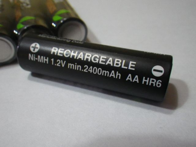 Amazonベーシック 高容量充電式ニッケル水素電池単3形8個パック