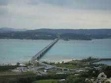 沖縄レンタカー観光3:古宇利大橋渡って古宇利島へ行くよ!