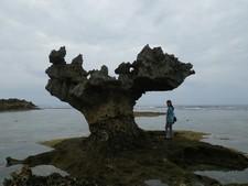 沖縄レンタカー観光5:古宇利島いったらハートロックは外せない!