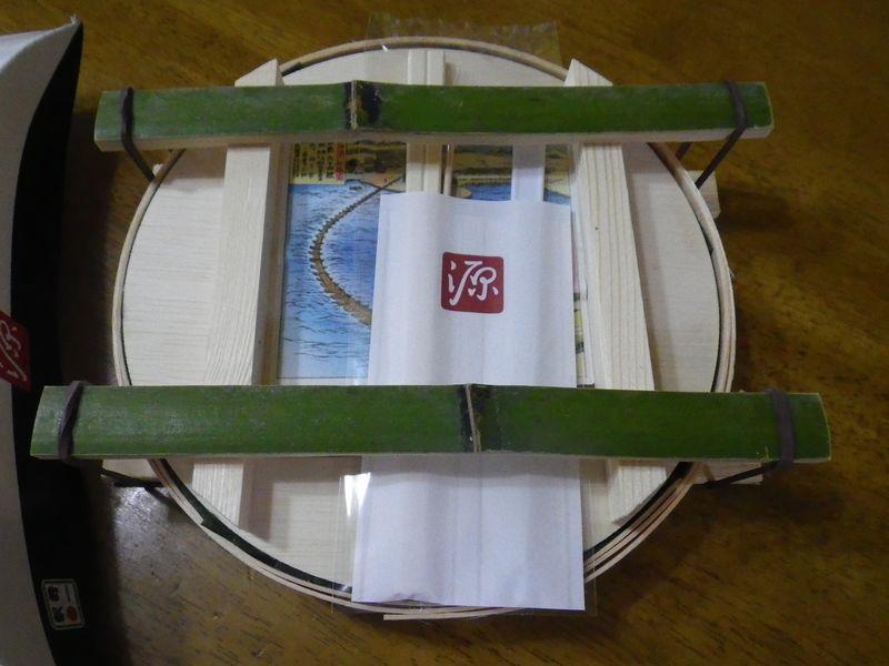 「ますのすし」の桶を使ってオリジナル押し寿司