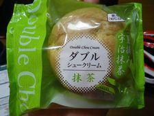 シャトレーゼ新製品!「ダブルシュー初夏摘み宇治抹茶」VS「コーヒーゼリーシュークリーム」