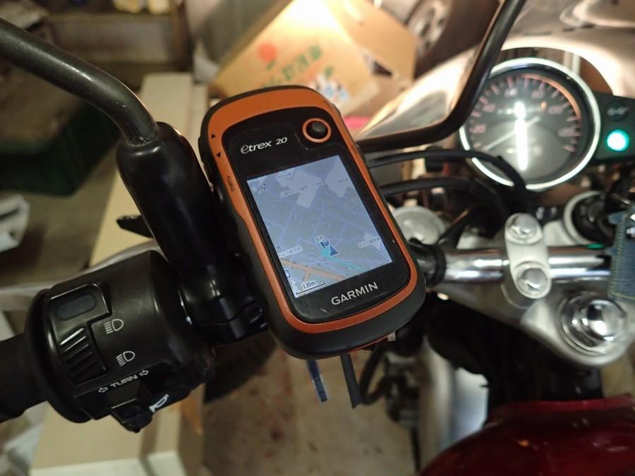 バイクのナビはiPhoneよりもガーミンeTrex20がおすすめ【CB223Sナビ】