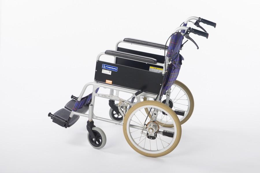 車椅子のパンク修理【ホイールを外さないでパンク修理する方法】