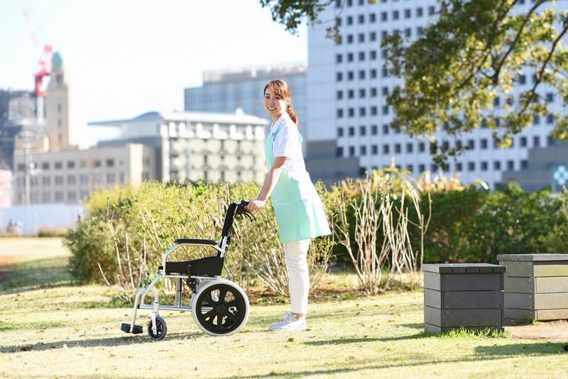 【2021年車椅子】の選び方とおすすめ6台!